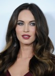Megan+Fox+Long+Hairstyles+Long+Wavy+Cut+wcV_MDnGGHsl