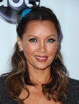 Vanessa+Williams+Updos+Half+Up+Half+Down+g-34hiq1ukRl