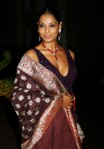 Bipasha+Basu+Beaded+Necklaces+Glass+Beaded+PgqZmWbdDVpl