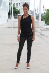 Halle+Berry+Tops+Loose+Blouse+TNg9n1SLbgZl