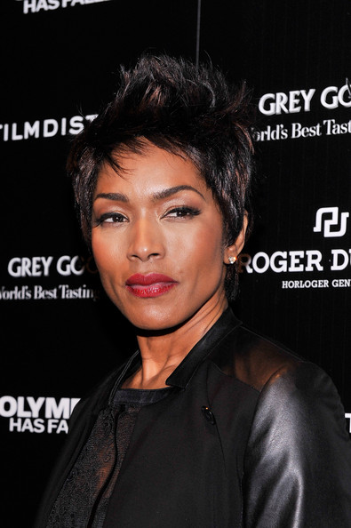 Angela+Bassett+Short+Hairstyles+Spiked+Hair+zhpabjp6pPnl