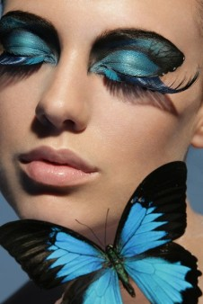 400x599xblue-black-butterfly-makeup.jpg.pagespeed.ic.dhTeBrbSBa