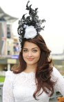 Aishwarya+Rai+Dress+Hats+Decorative+Hat+2tDzykLM1Lwl