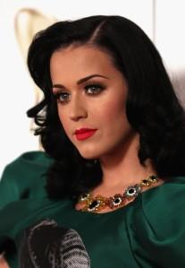 Katy+Perry+Makeup+False+Eyelashes+PdRDXCXKzT7l
