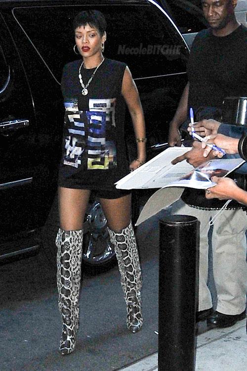 411befce736 Rihanna tom ford anaconda boots messymandella jpg 500x750 Tom ford anaconda  rihanna