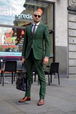 robert-spangle-green-suit-streetstyle