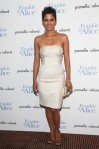 halle_berry_white_dress