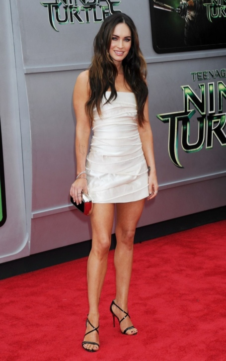megan-fox-white-marc-jacobs-dress2