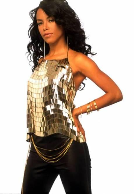 34917_Aaliyah_gold top 1