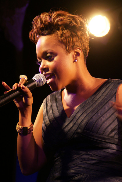 chrisettemicheleperformingberlin0pbeosorrkel