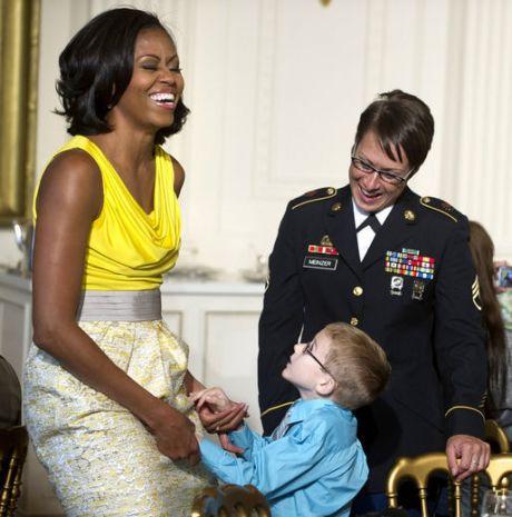 michelle-obama-military-sg