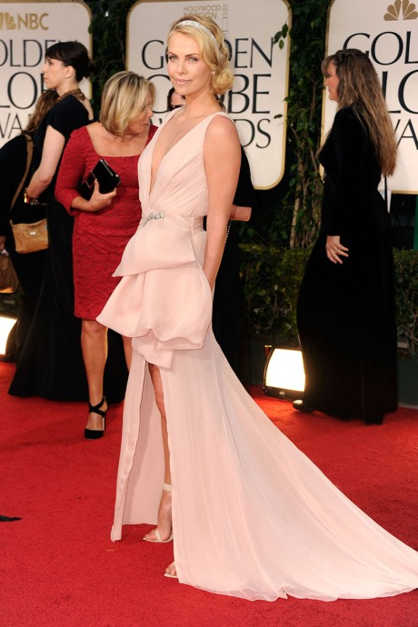 charlize-theron-prom-dress-golden-globes-awards
